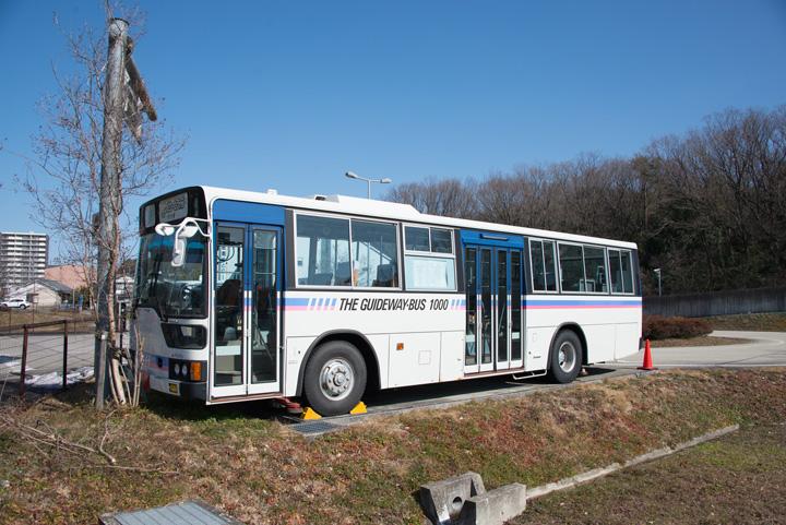 20170309guidewaybus